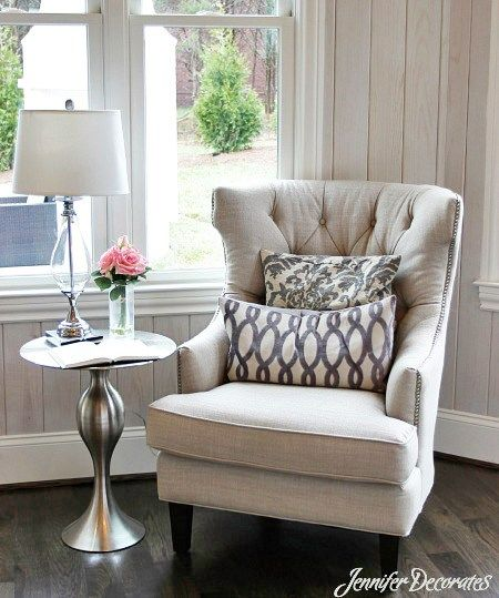 Side Chair & Table in office?Cottage style decorating ideas from Jennifer  Traveller Location