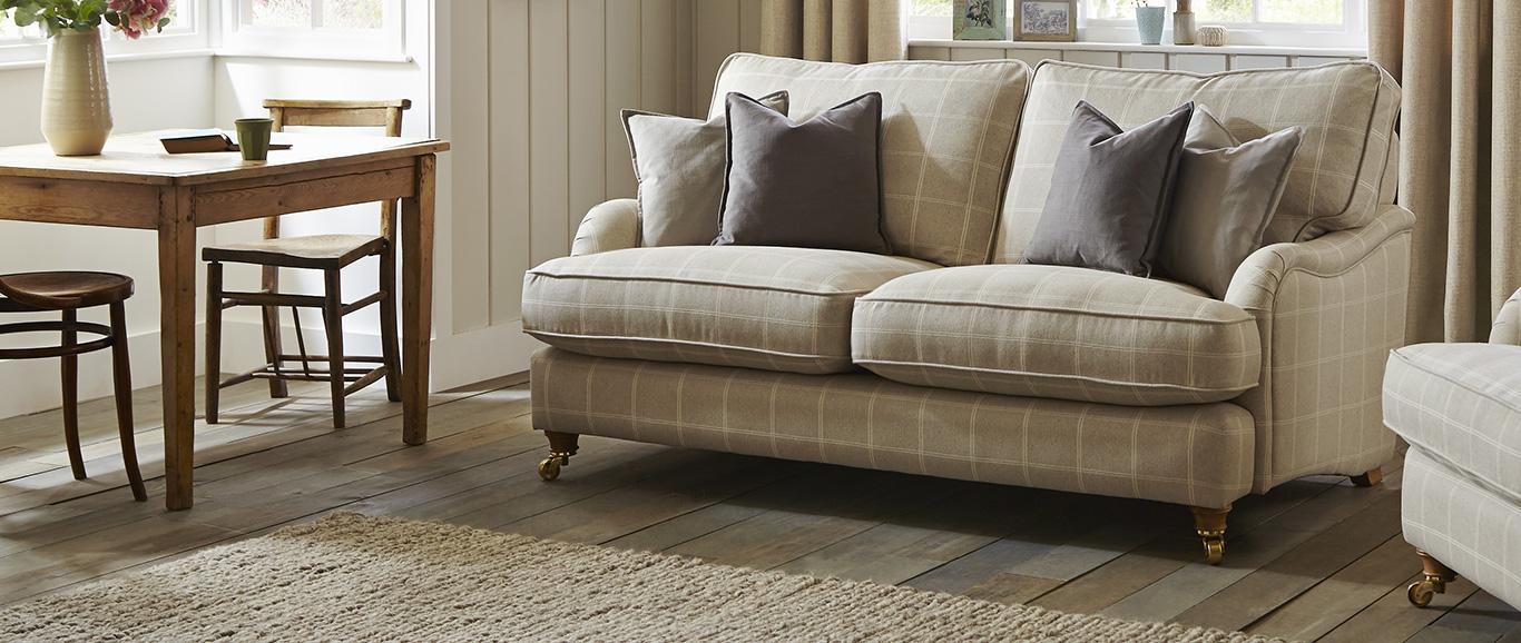 Classic and Traditional Sofas