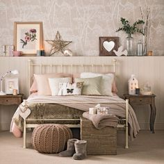 Vintage bedrooms to delight you