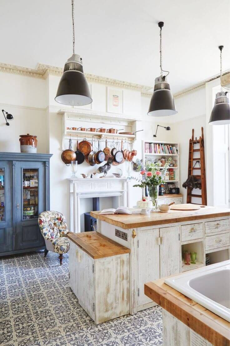 A Kitchen You Could Live In | Trendy Vintage Kitchen Design and Decor Ideas  to Impress Your Guests