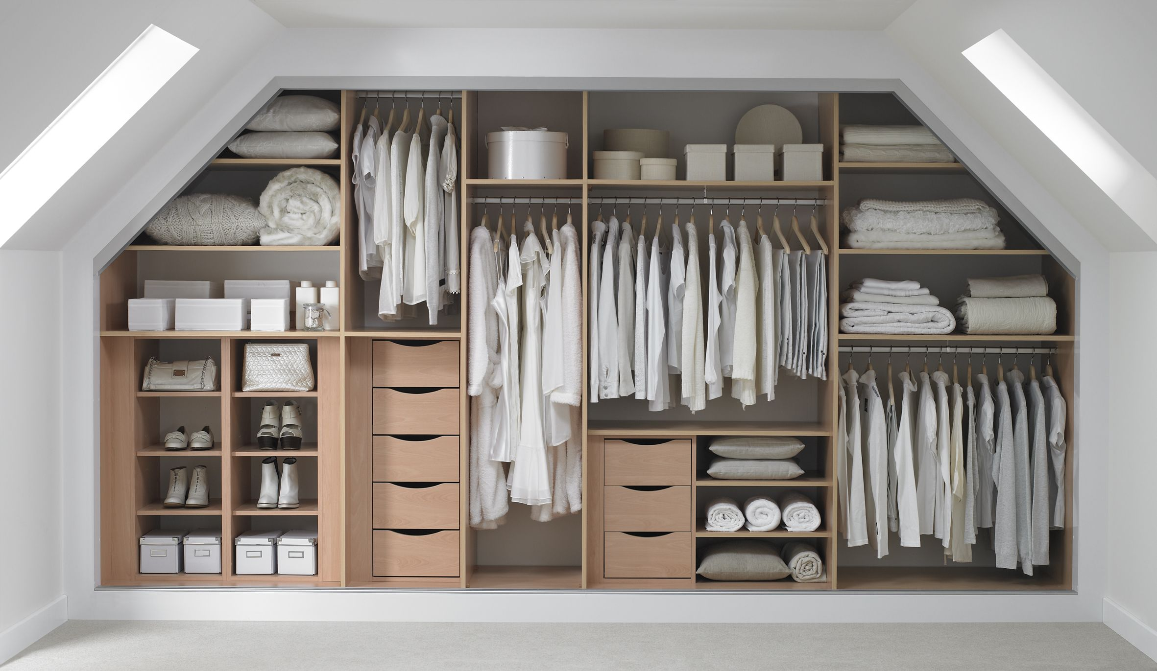 Different types of fitted wardrobe interiors - Fitted bedroom wardrobe ideas