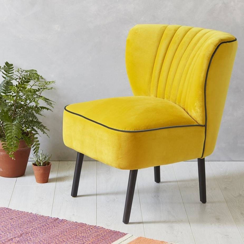 Are you interested in our Yellow Velvet Cocktail Chair? With our  Mid-Century Chair you need look no further.