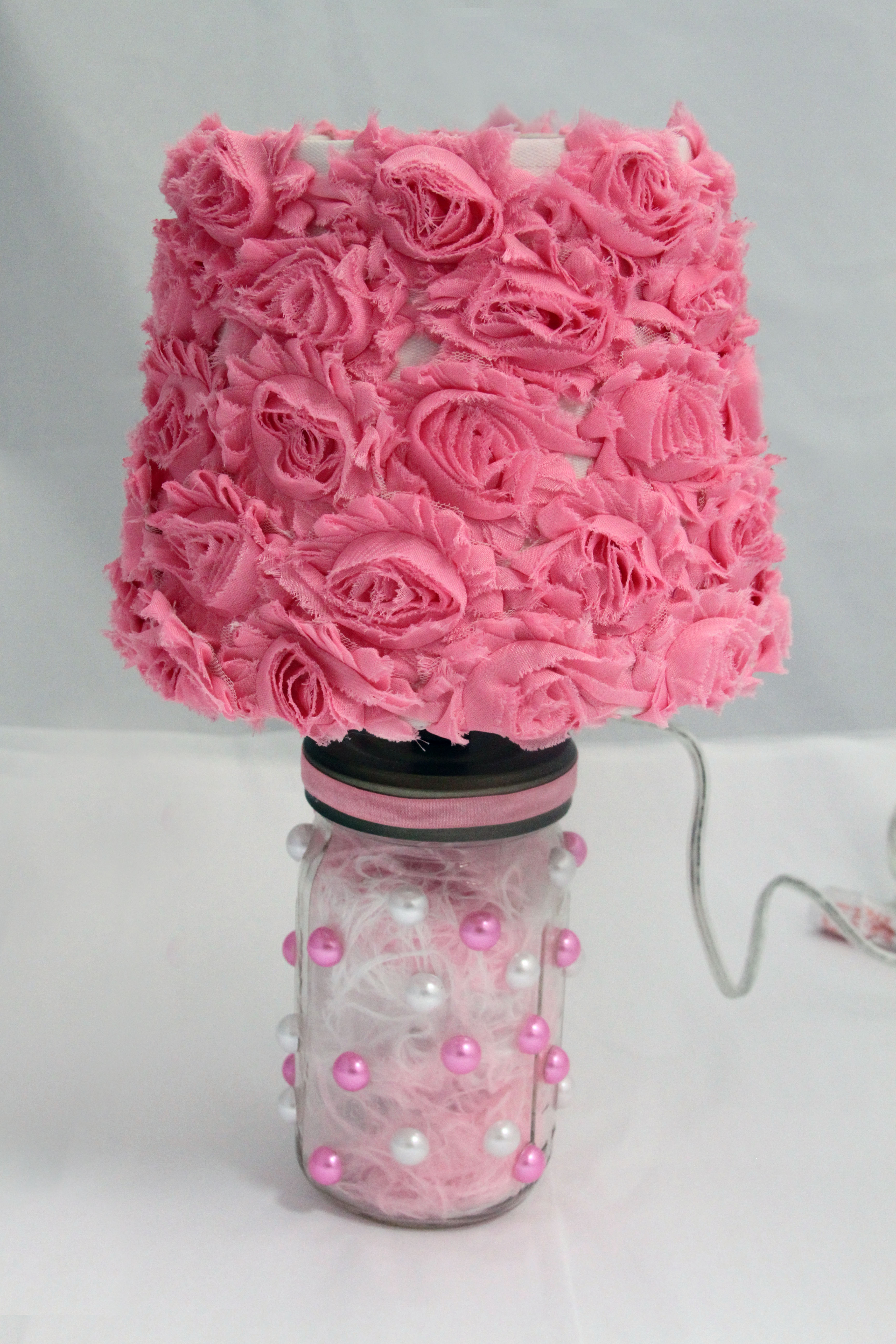 Shabby Chic style lamps diy shabby chic furniture ideas - vintage lamp CNKEARX