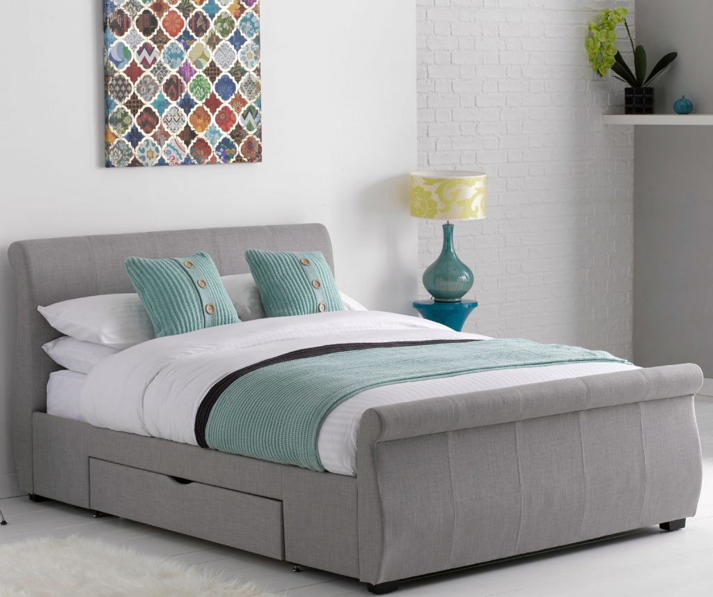 comfortable Bed joanna thornhill shares tips on how to create a comfortable bed space XOXHNUM