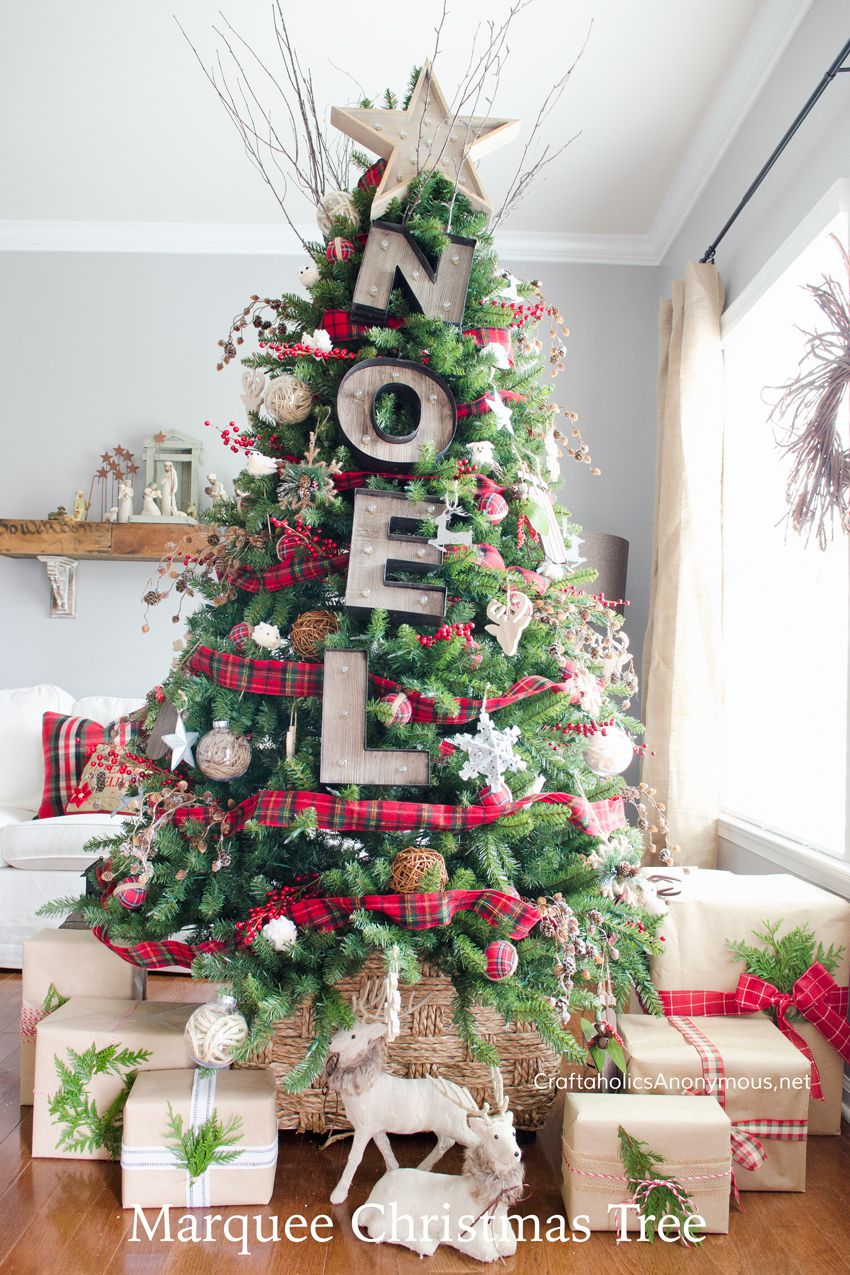 Decorate Christmas tree rustic noel marquee christmas tree decorating idea OXSJPCQ
