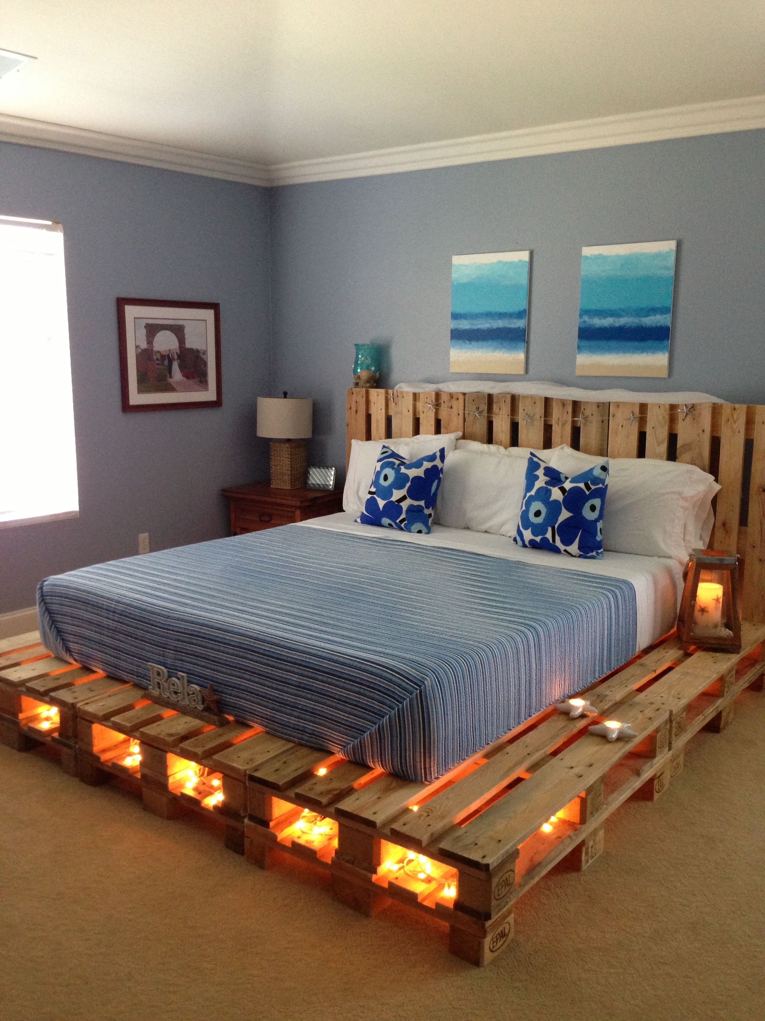 DIY pallet bed pallet beds are cool. diy bett, pallet wood bed frame, pallet bed with FCYGAFS