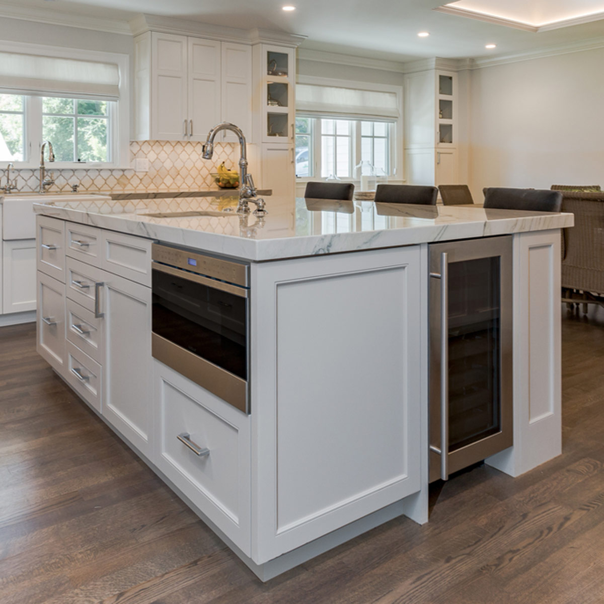 Kitchen Islands integrate appliances into your kitchen island NISEATY