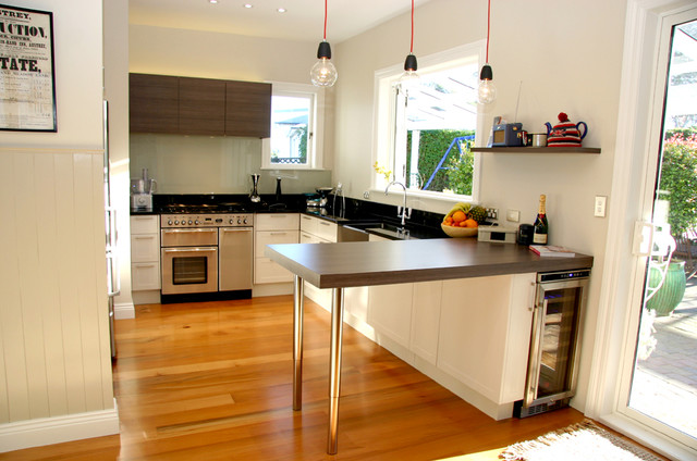 Modern kitchens for small spaces 15 why choosing modern kitchen small space for 2018 LQRYVPW