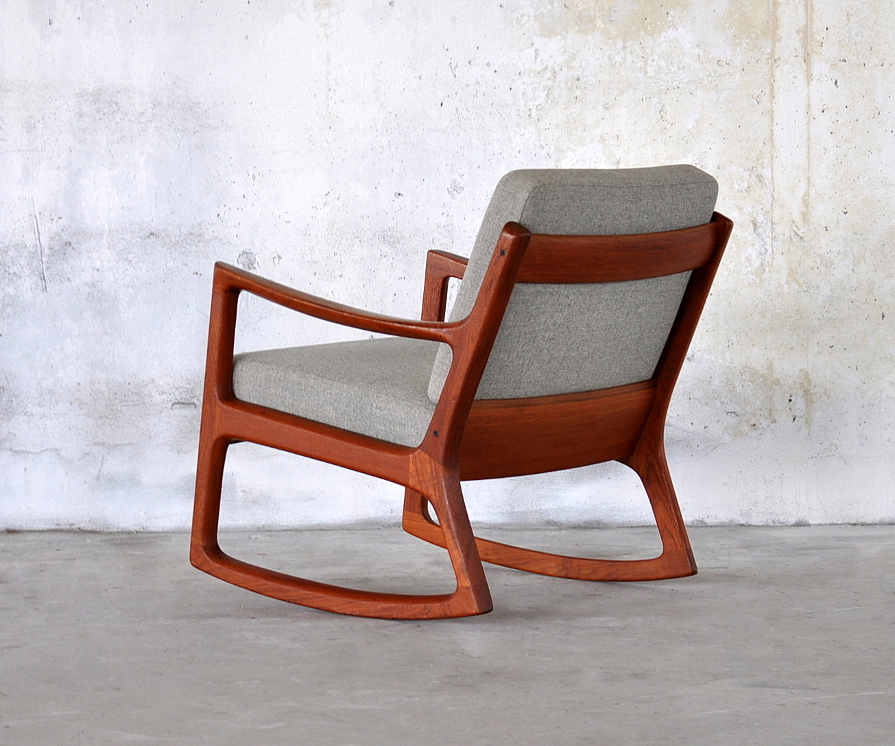 Rocking Chair Inspiration furniture. modern rocking chair inspiring ... QUJMIHZ