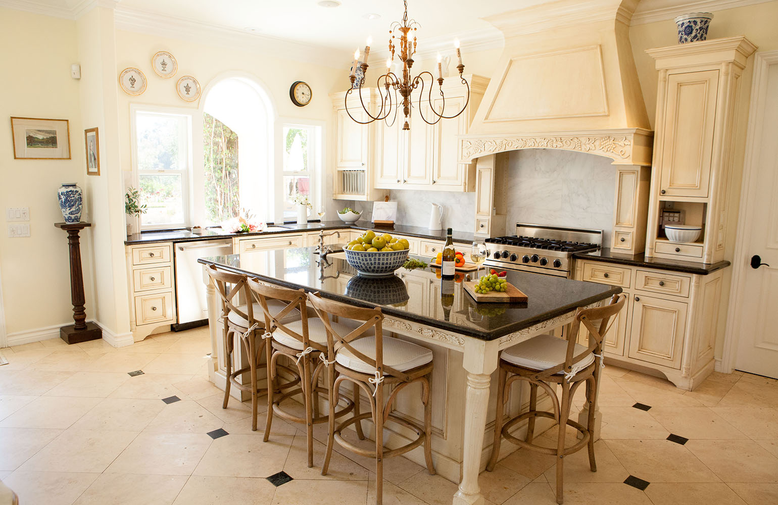 21 french country kitchens QUSTQVM