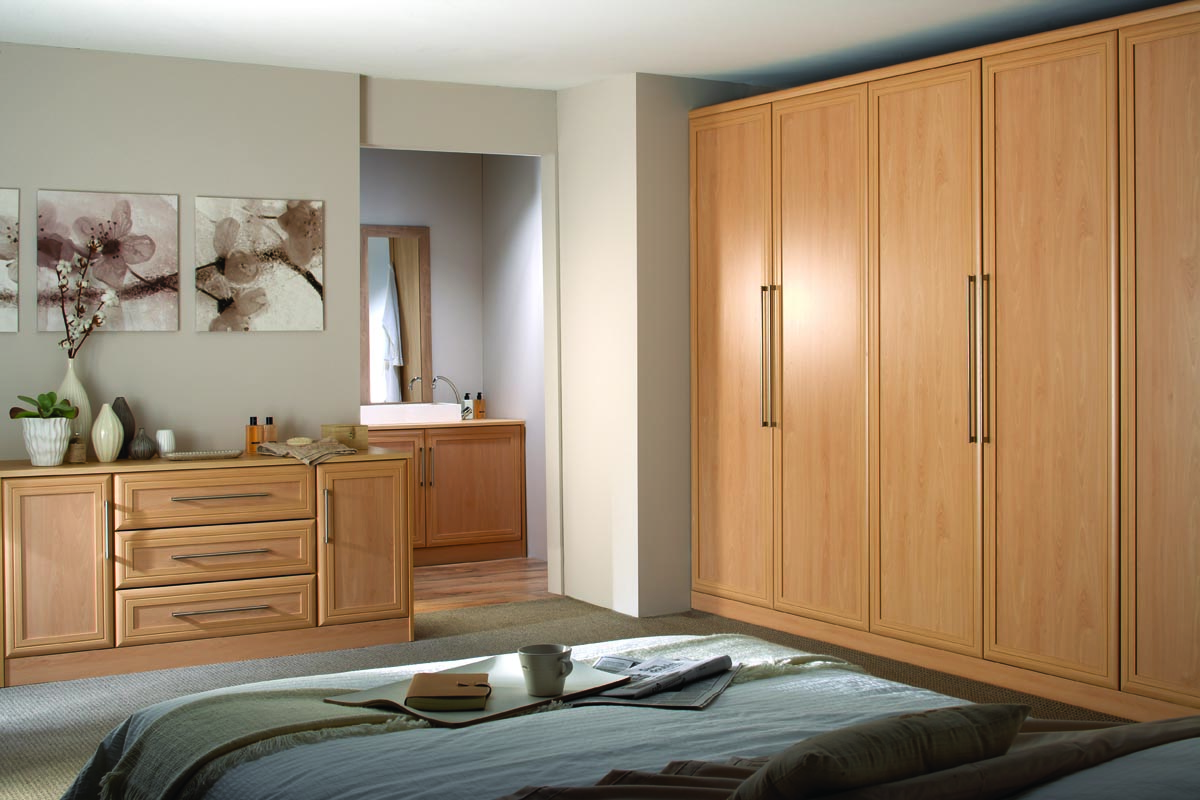 High-quality pieces of furniture with tasteful flair: Beech bedroom