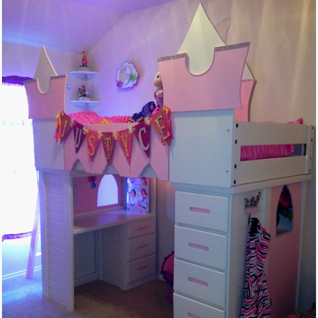 Beds for 5-years-old castle for our 5 year old princess! made out of bunk beds AOCISJX