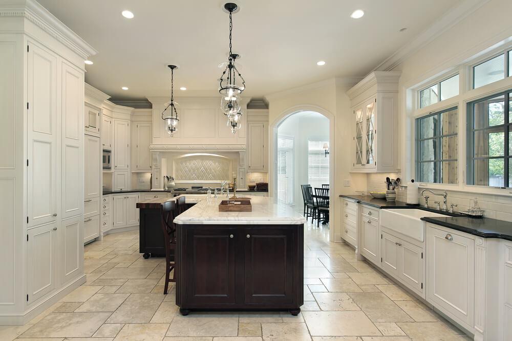 dream kitchens with white kitchen islands shutterstock_47444143 TSNLVVV