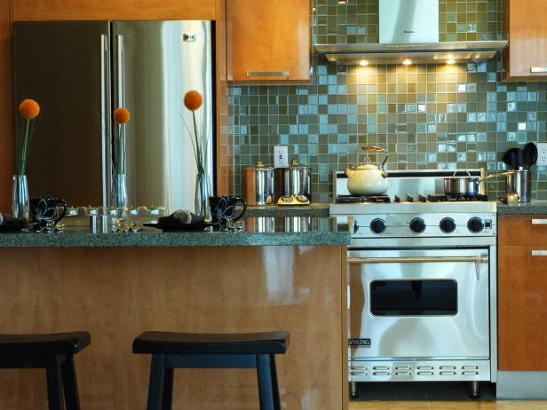 Furnishing tips for small kitchens unique contemporary glass backsplash HNPYPZF