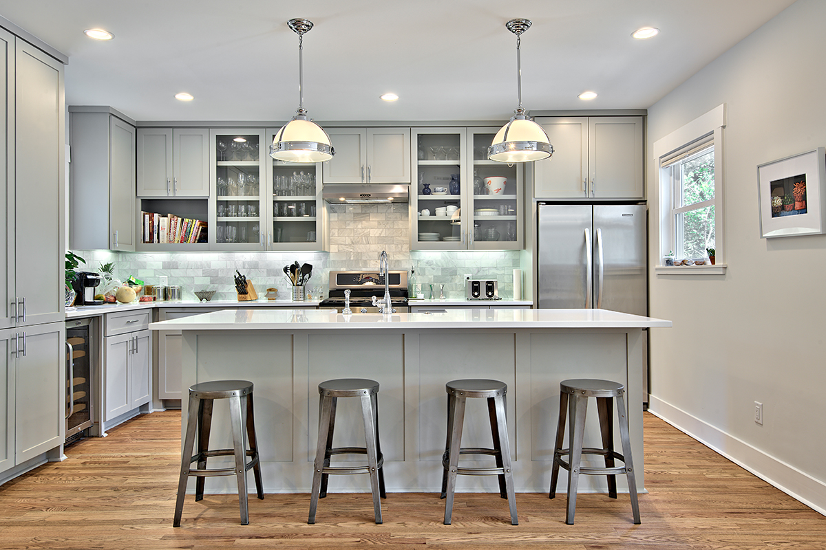 Gray Kitchens 12 gorgeous and bright light gray kitchens - a roundup of beautiful light UEUPJQO