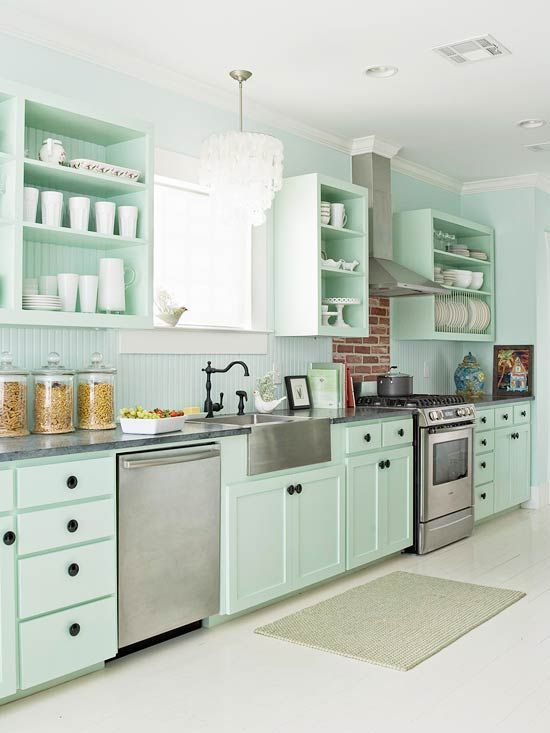 Mint Green kitchen: The most beautiful pictures and ideas for the new trendy color