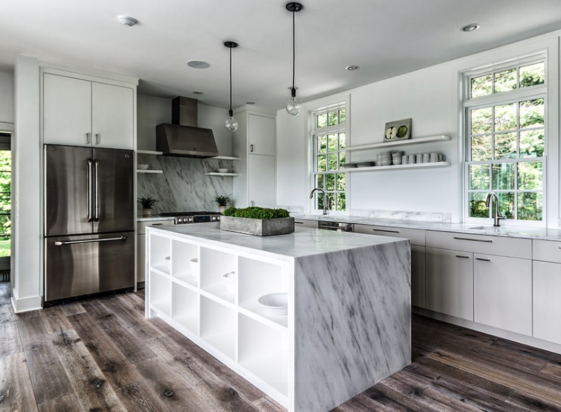 Modern kitchen with wooden floor distressed wood GSQZXCT
