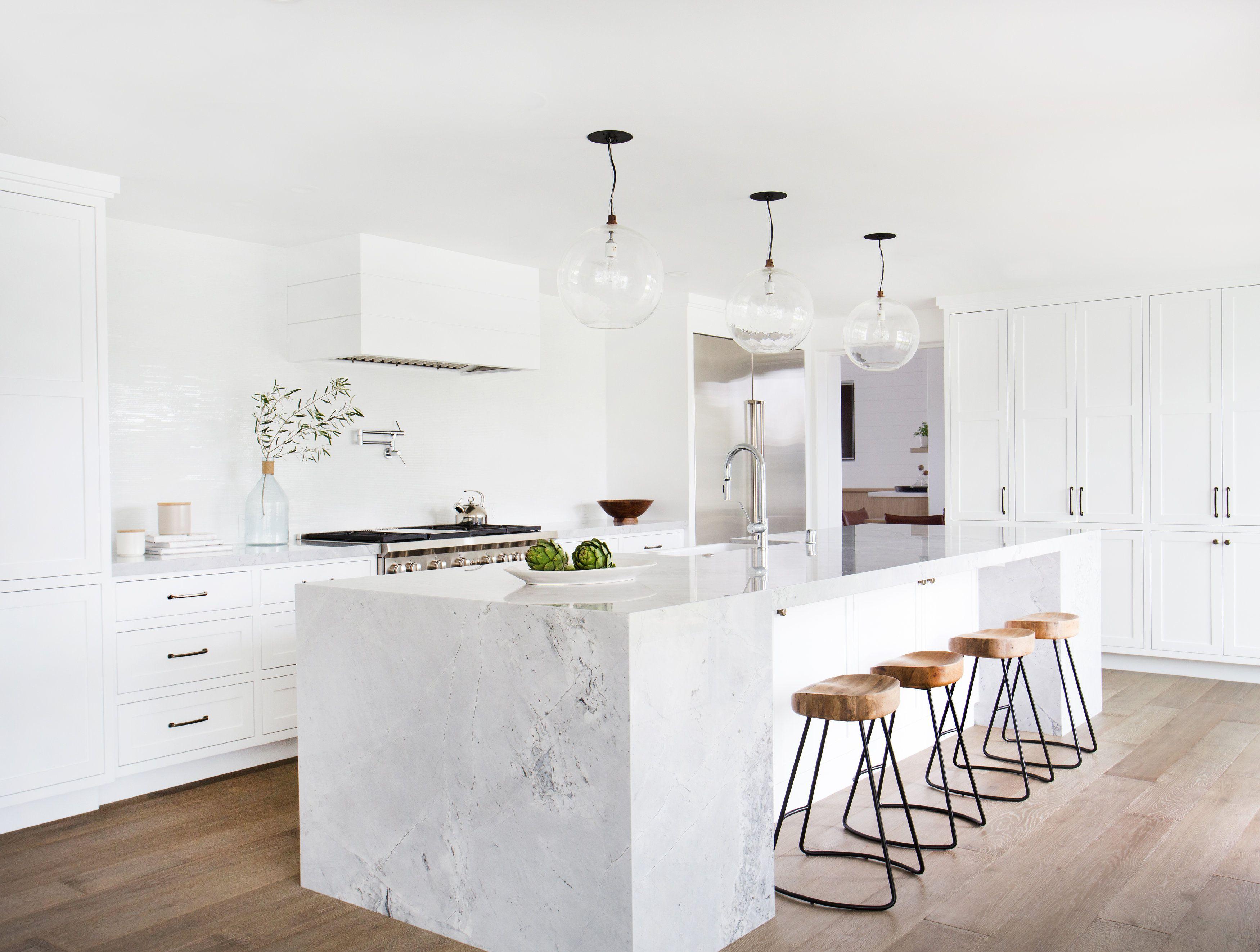 White kitchens courtesy of amber interiors. white kitchens ... FORUDDQ