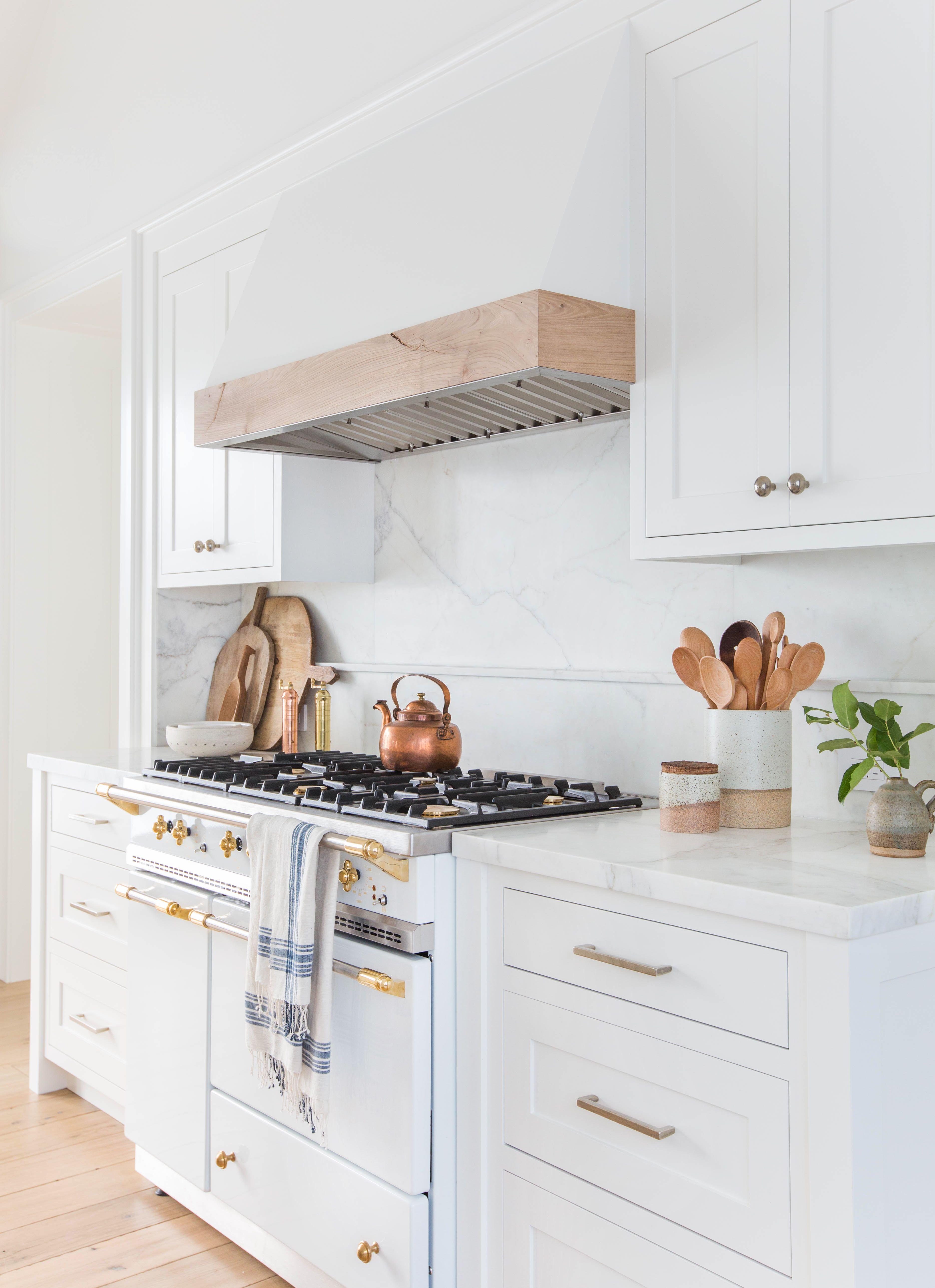 White kitchens image UALBZIL