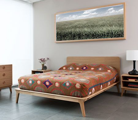 Midcentury-style Valentine bed by Matthew Hilton | Design that I