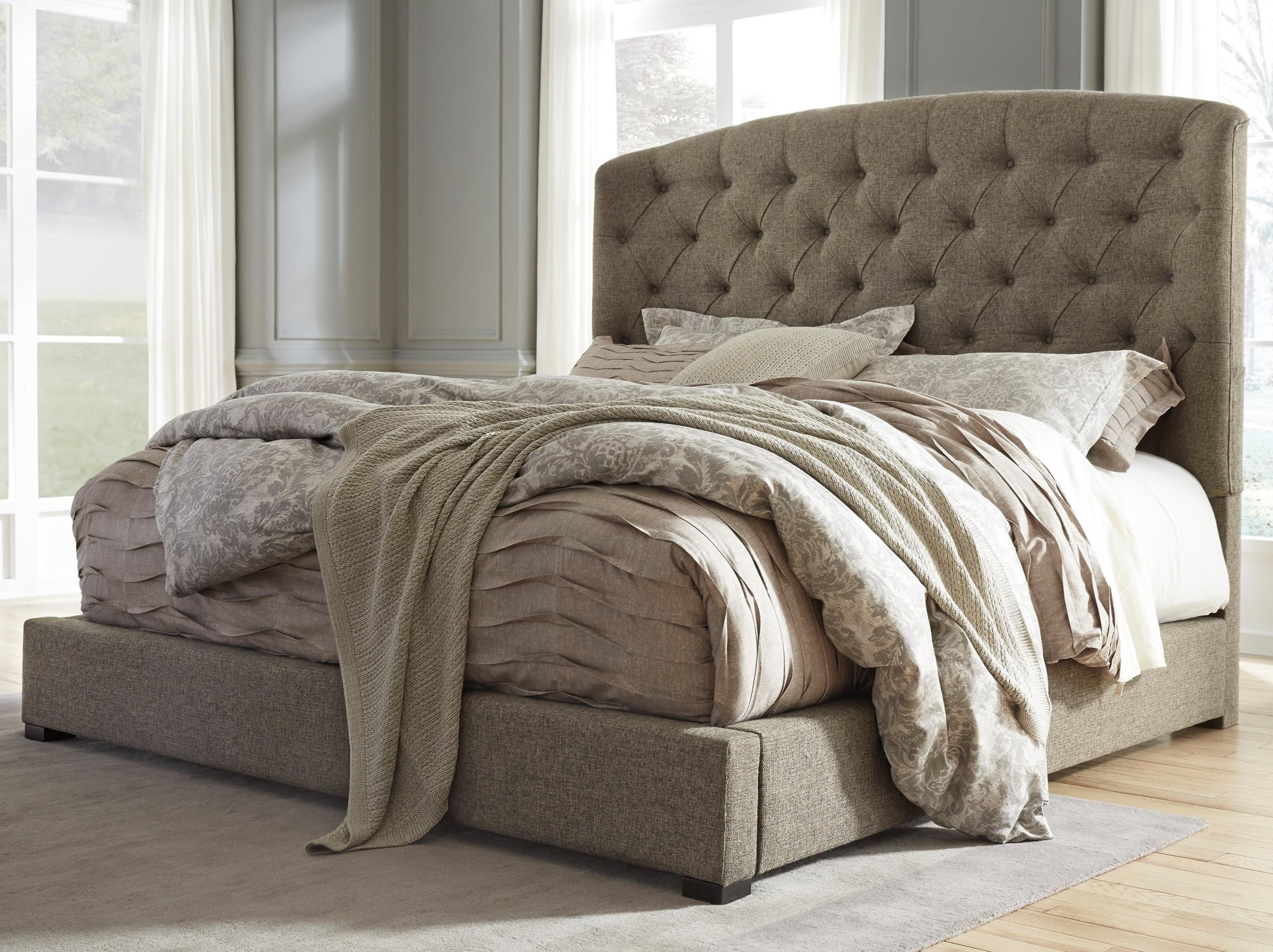 Signature Design by Ashley Gerlane Queen Upholstered Bed with Arched