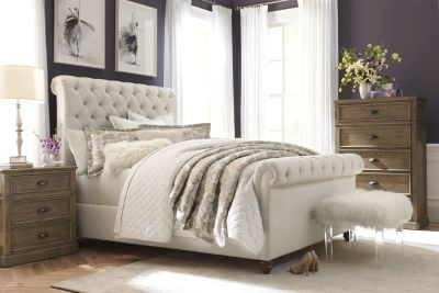 Upholstered Beds | Havertys