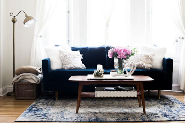 Apartment Decor Idea by Advice from a 20 Something - Traveller Location
