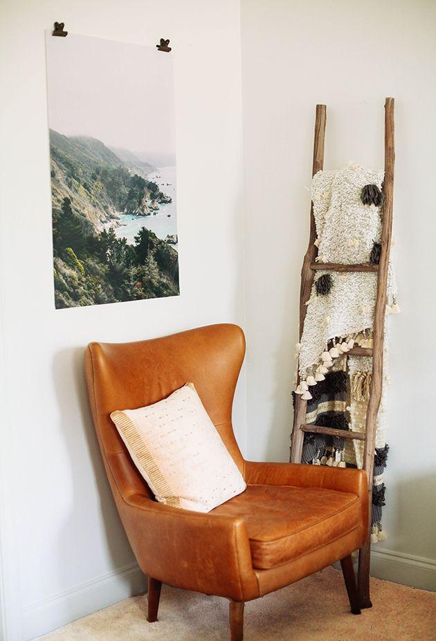 Pinterest: tobieornottobie Small Bedroom Chairs, Bedroom Corner, Small  Chairs, Small Space Bedroom