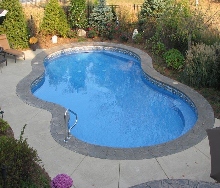 Backyard Pools Swimming Pool 1
