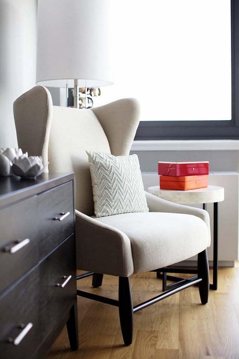 10 Soft White Bedroom Armchair Designs