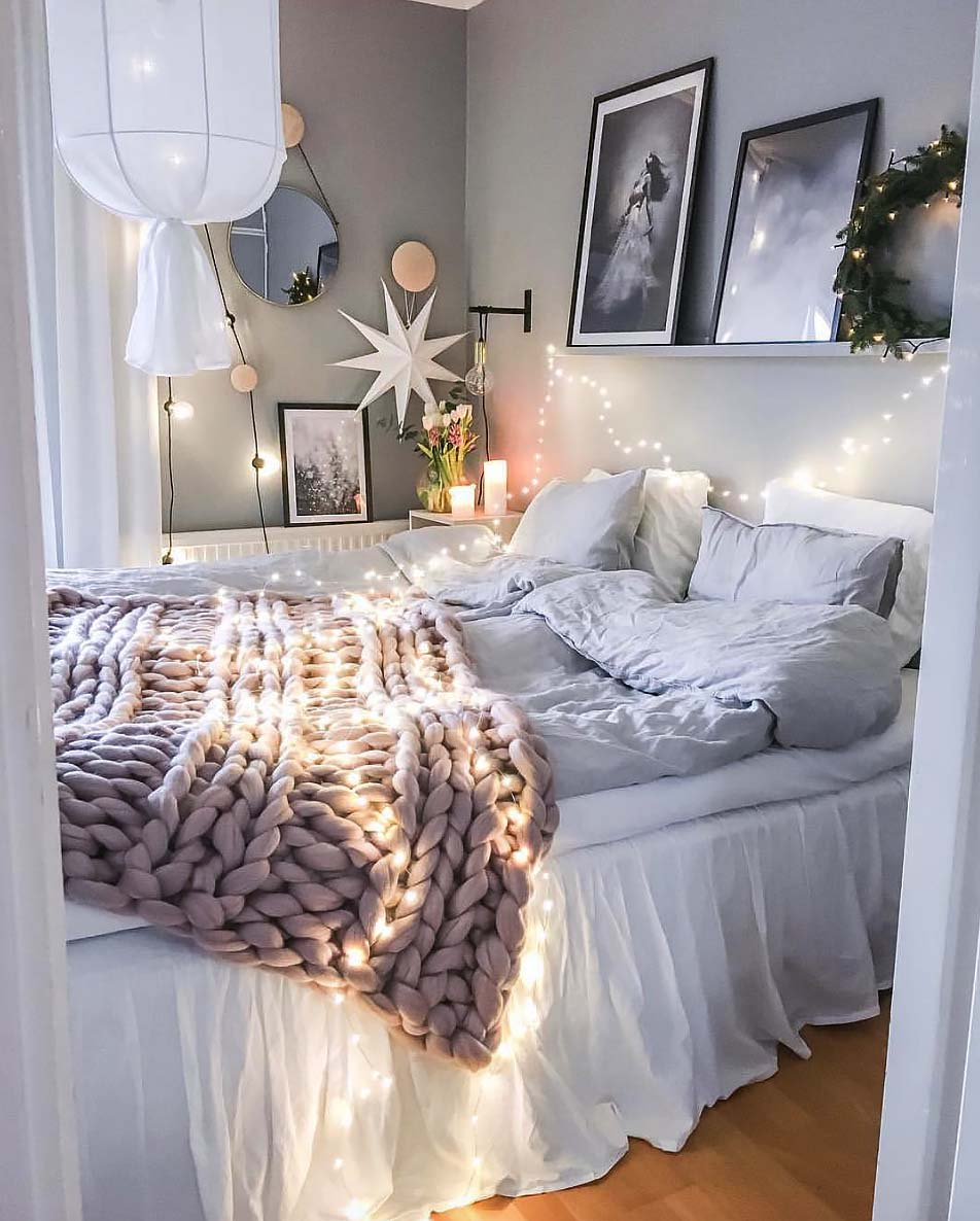 Cozy Bedroom Decorating Ideas For Winter-05-1 Kindesign