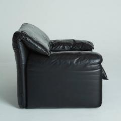 Vico Magistretti Maralunga Style Black Leather Armchairs with Adjustable  Headrests - 293875