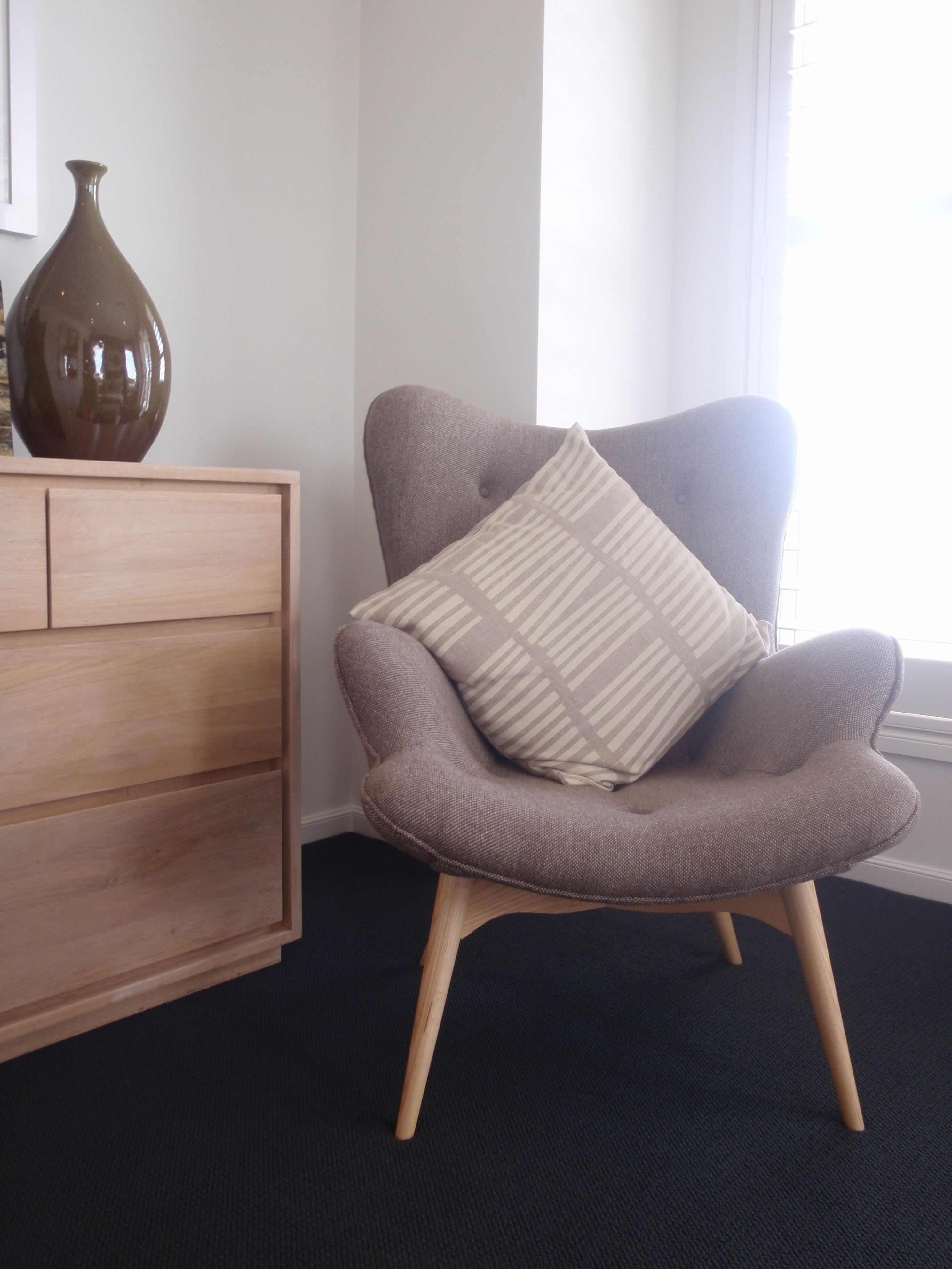 Bedroom Chairs For Small Spaces