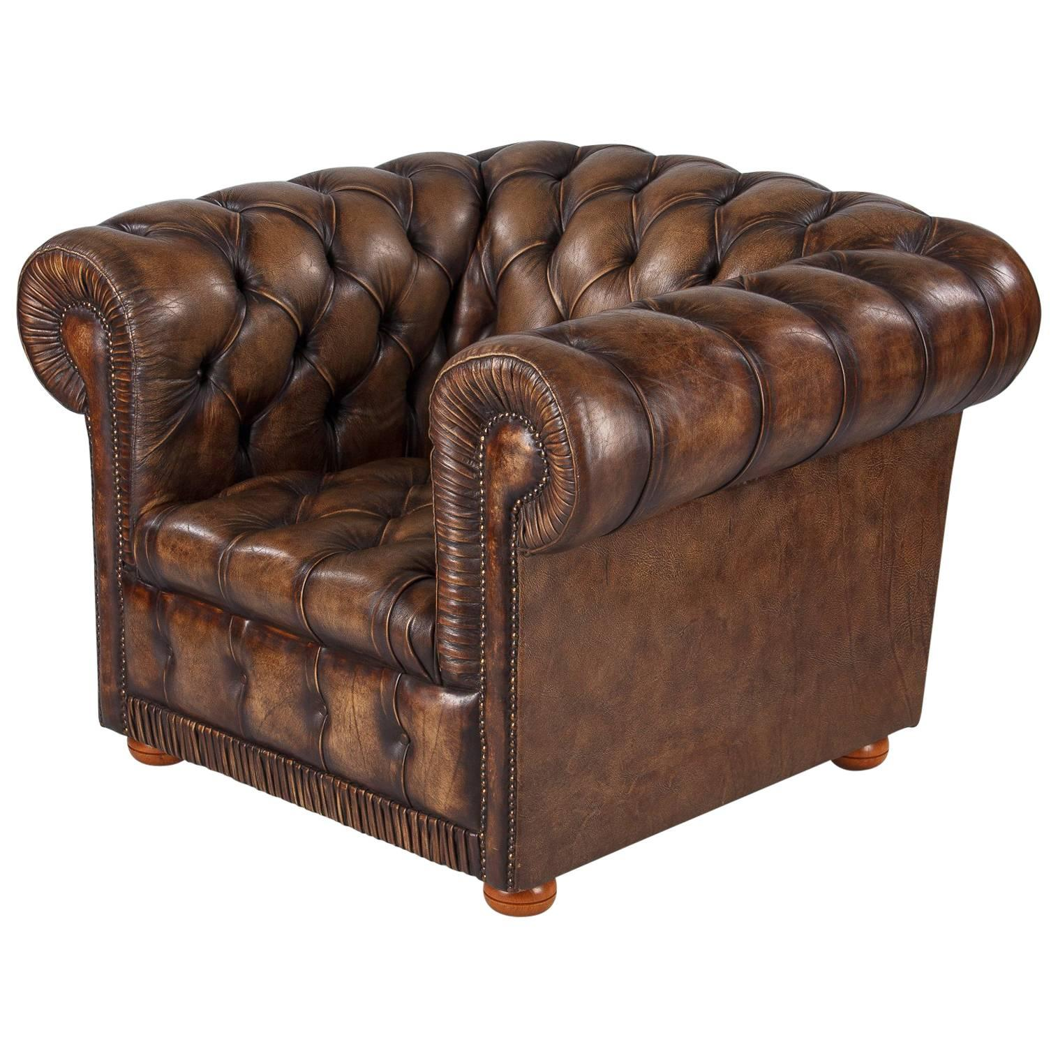 Vintage English Chesterfield Armchair in Brown Leather, 1960s For Sale