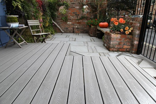 The Top 5 Benefits of Composite Decking