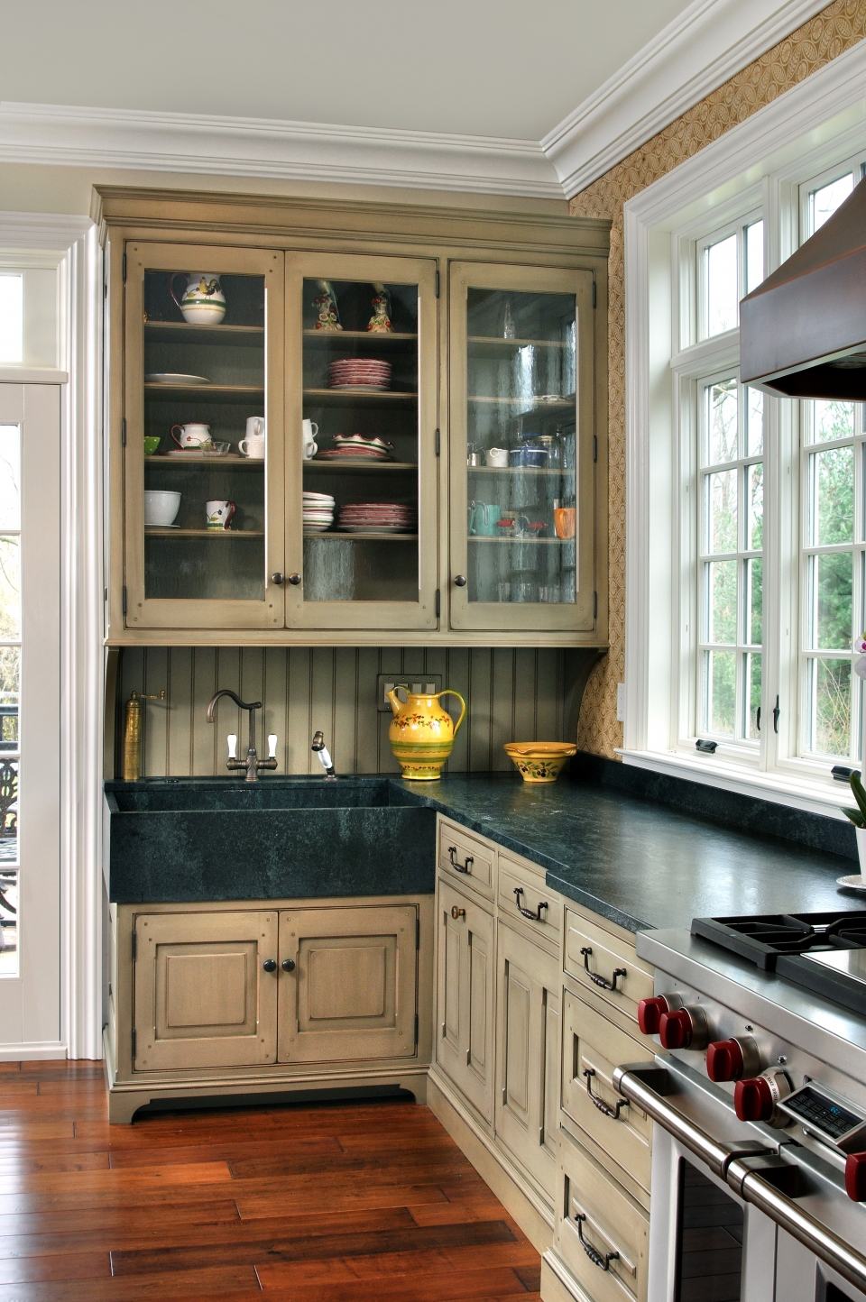 English Country Kitchen English Country Kitchen