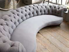 curved sofa~love, love, love this! Console Design, Sofa Design,