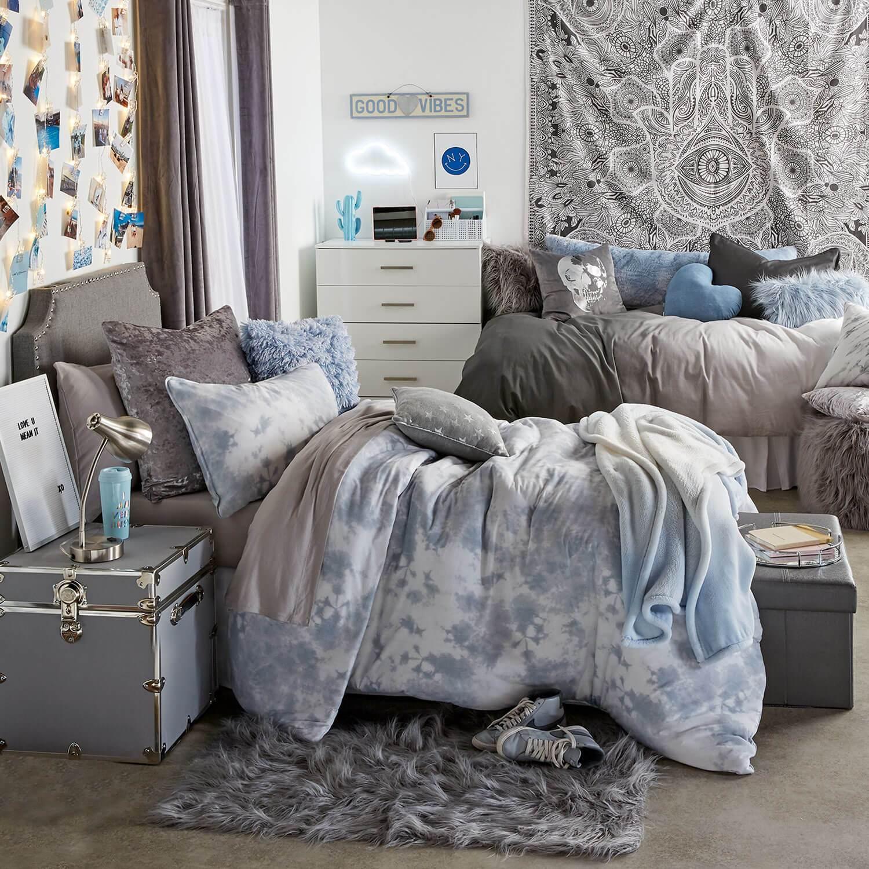 Dorm Room Ideas - College Room Decor - Dorm Inspiration | Dormify