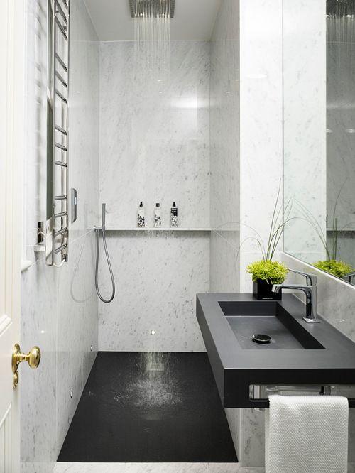 En-suite bathroom. Open shower. Single floor. Jack approved.