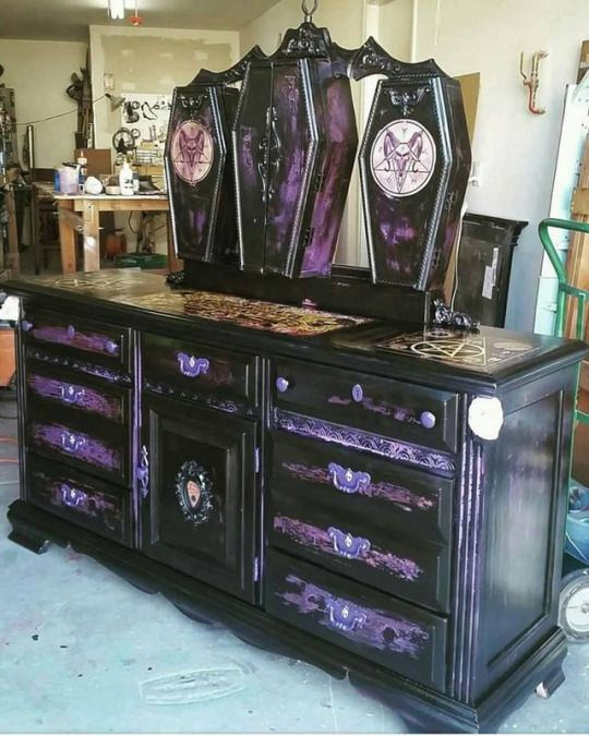 Gorgeous Gothic Furniture 6 - decoratoo