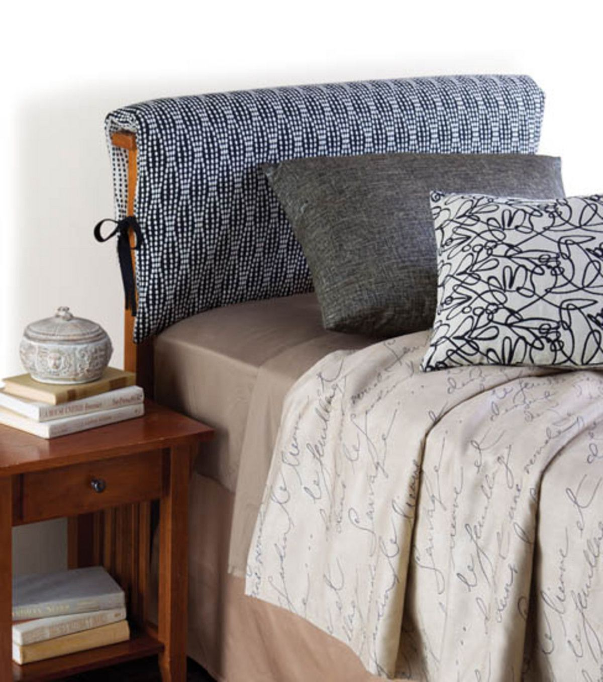 Love this headboard pillow cover project :) @HGTV HOME
