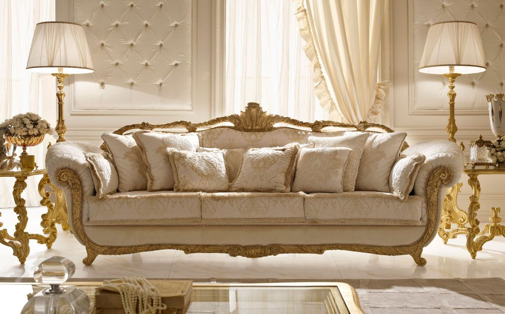 Italian Classic Luxury Wooden Living Room Furniture.