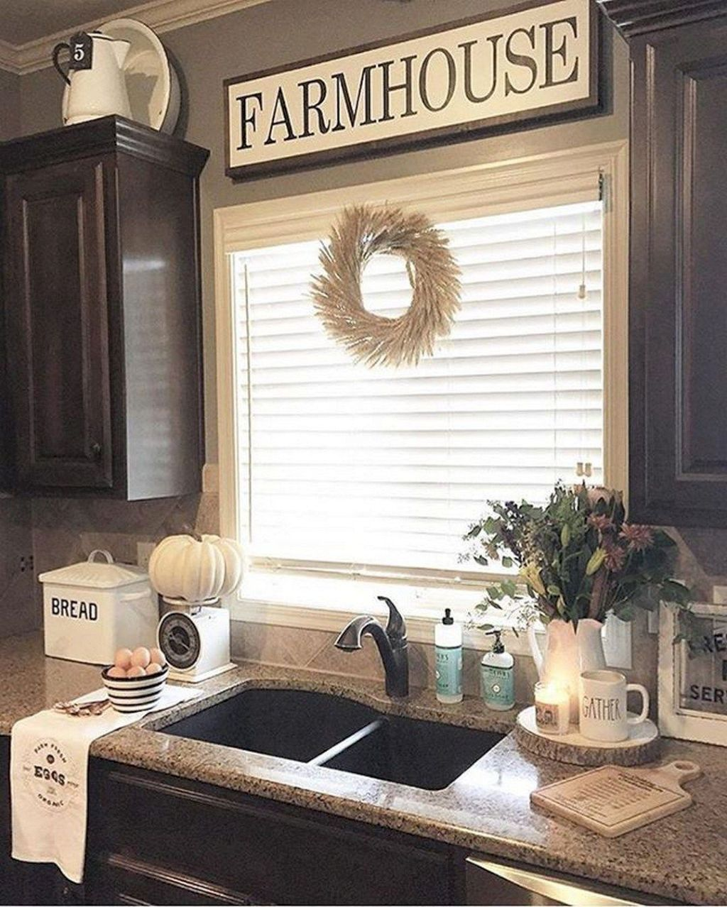 14 Best Farmhouse Kitchen Decor Ideas