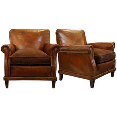 Pair of English Leather Club Chairs | Traveller Location Leather Club Chairs,  Leather Lounge