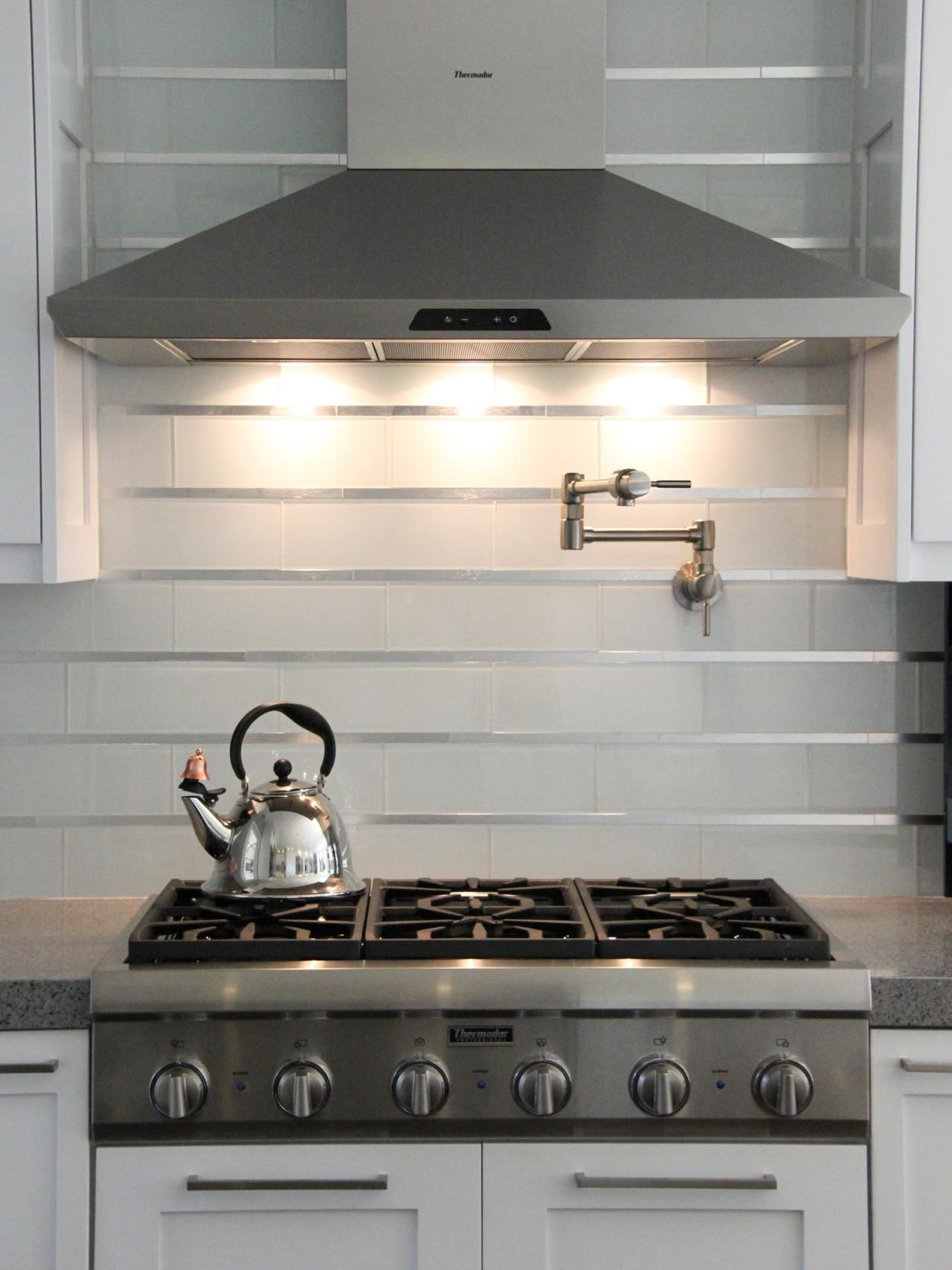 Modern Backsplash Ideas