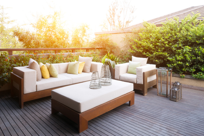 Enjoy a lifetime of enjoyment with our outdoor lounge furniture.