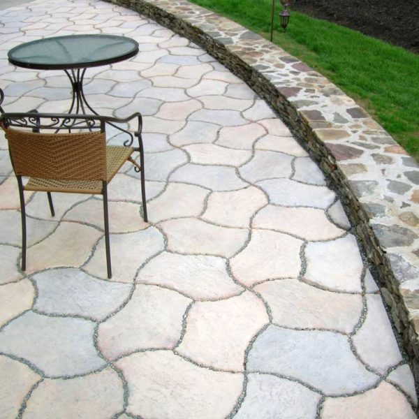 J&J Materials, stone, landscaping, masonry, patio, Nantucket Berkshire patio  block