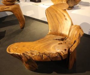Real wood can look like new for many years and that says a lot about its  versatility. Most furniture pieces made of real wood have timeless designs  and