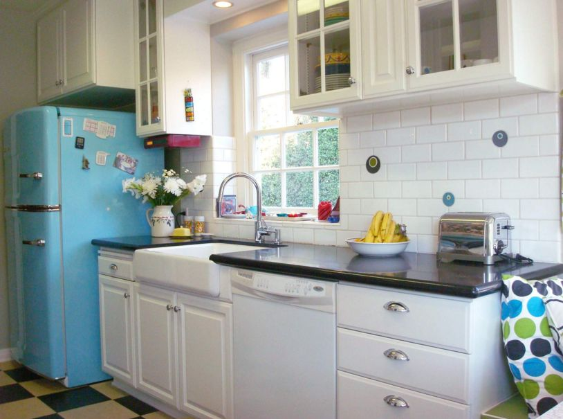Blue Kitchen Fridge for a retro design