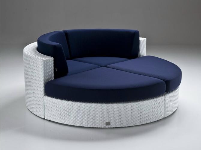 Bahia indoor-outdoor round couch